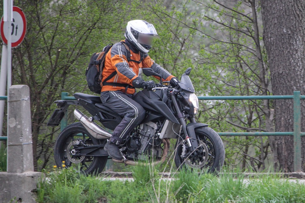 KTM 500cc Twin 01