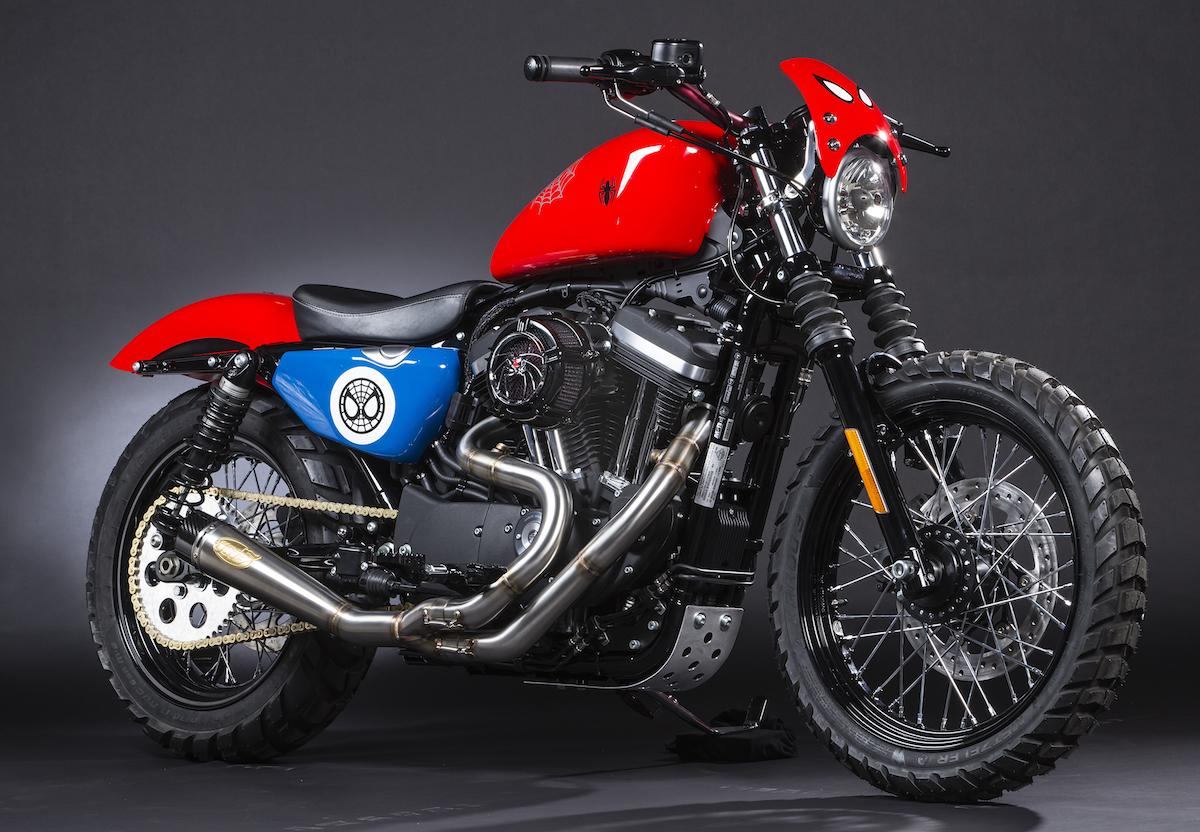 Harley Davidson: HARLEY-DAVIDSON AND MARVEL PRESENT SUPER HERO CUSTOMS
