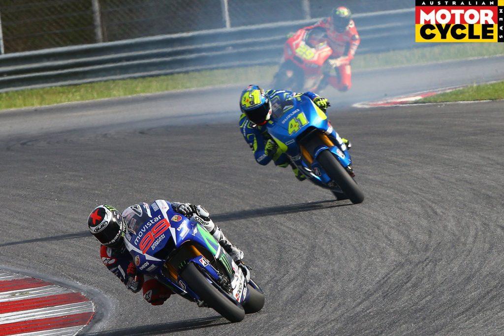 Lorenzo---Espargaro-Sepang-testing-1422