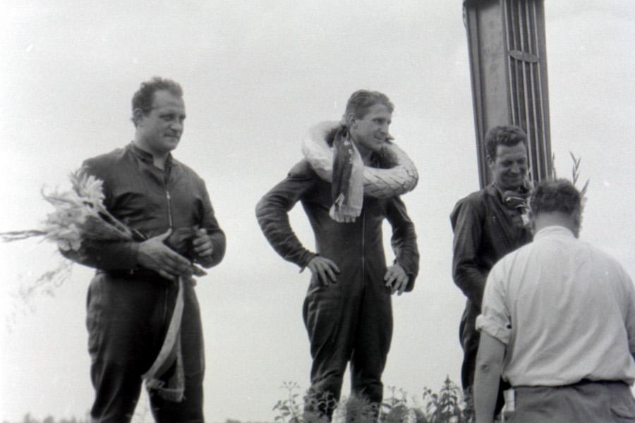 bob-west-sach-podium-1960