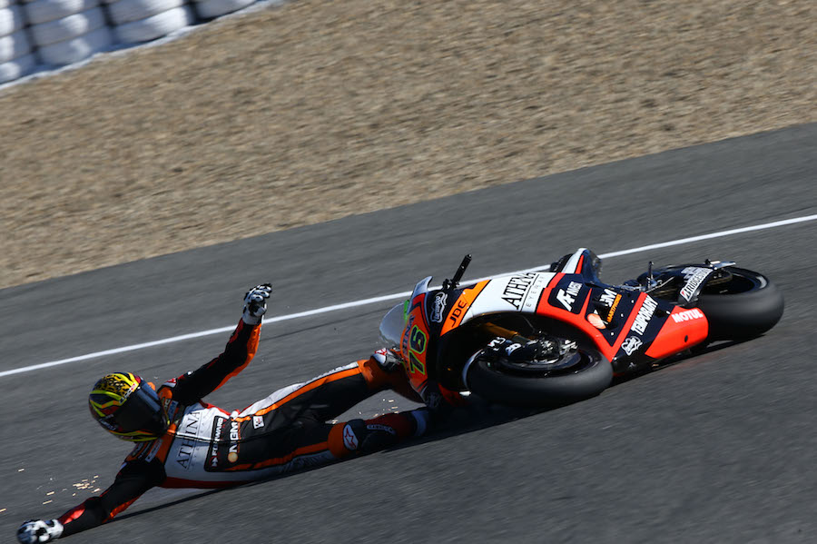 Baz crash, Spanish MotoGP 2015