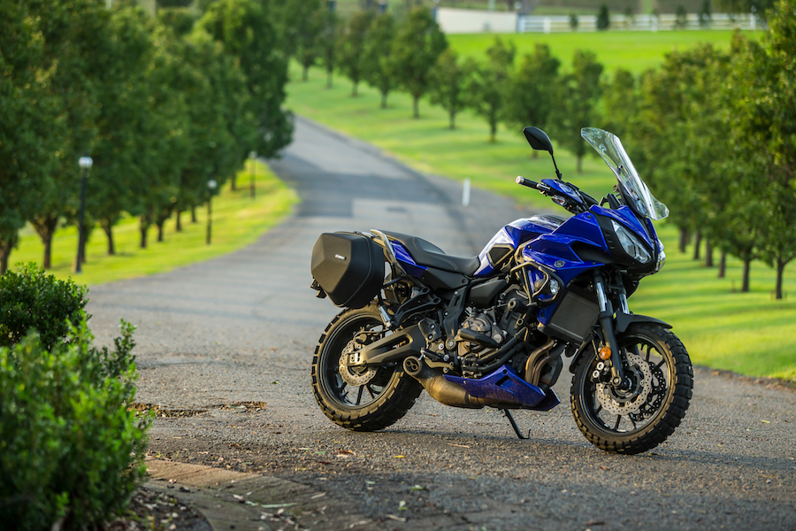 Yamaha Has Taken That Motor And Housed It In A Good Solid Chassis With Swingarm 50mm Longer Than Its Naked Brother This Makes The Tracer Very Stable