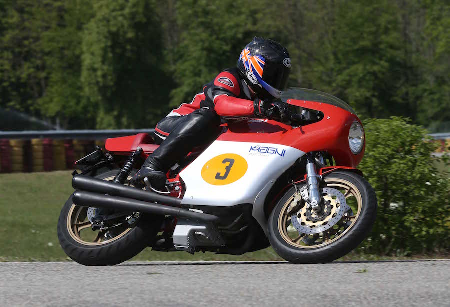 MAGNI MV AGUSTA FILOROSSO - Australian Motorcycle News