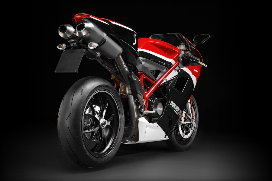 Incoming! Ducati 959 Panigale Corse - Australian Motorcycle News