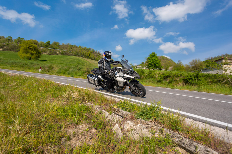 a speed race benelli and qj Speed race: benelli and qj compete in the international motorbike arena menu suggested topics subscribe hi, guest  speed race: benelli and qj compete in the international motorbike arena.