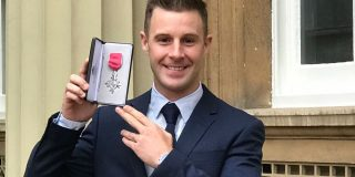 Jonathan Rea receives MBE f...