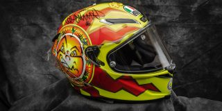 SIGNED Valentino Rossi Helm...