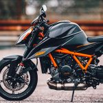HAZARD OF DUKES - 2020 KTM SUPER DUKE R