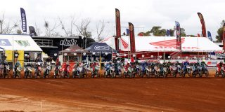 MOTORCYCLING AUSTRALIA TAKE...