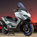 YAMAHA SAYS COMMUTE WITH DIGNITY ON ITS LATEST TMAX 560