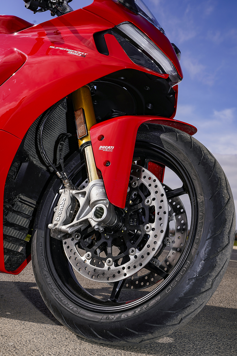 Ducati SuperSport 950 S Brembo and Ohlins