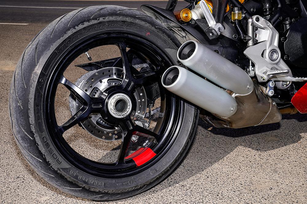 2021 Ducati SuperSport 950 S Pirelli